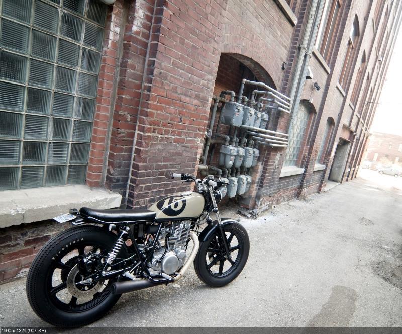 Cтрит-трекер Yamaha SR500