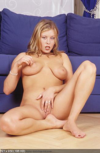 kristall-de-bur-porno-aktrisa