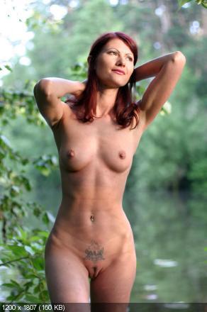 девушки россии голые фото